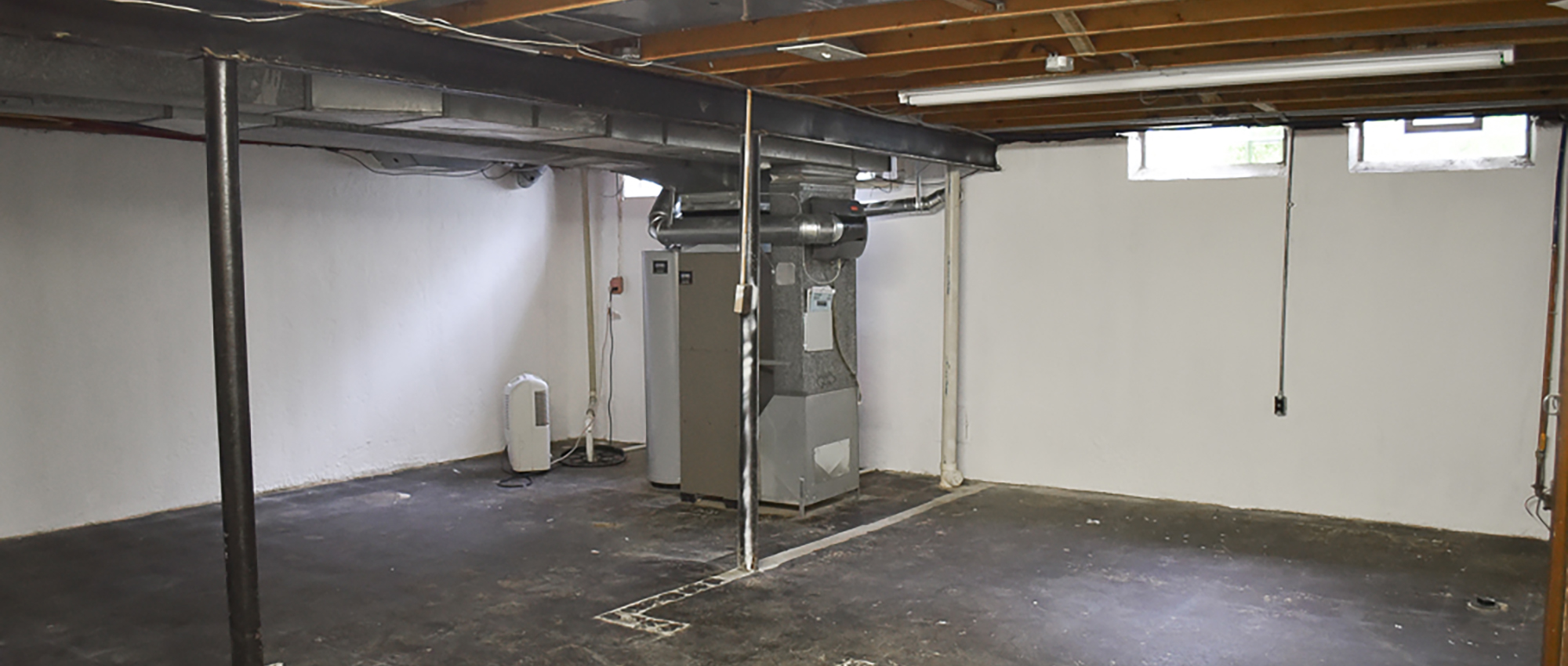 10 tips for a dry mold free basement nj for Dry basement